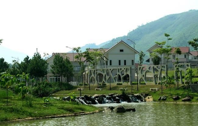 Khu nghỉ dưỡng Xanh Villas, Tiến Xuân, Thạch Thất