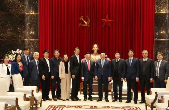 Bí thư Hà Nội muốn doanh nghiệp FDI công nghệ hội quân tại Hòa Lạc cùng Vingroup, Viettel